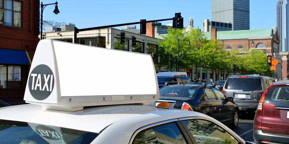 publicitate taxi gura humorului